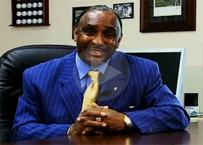 Johnny Rodgers Introduces Hall of Fame Staffing
